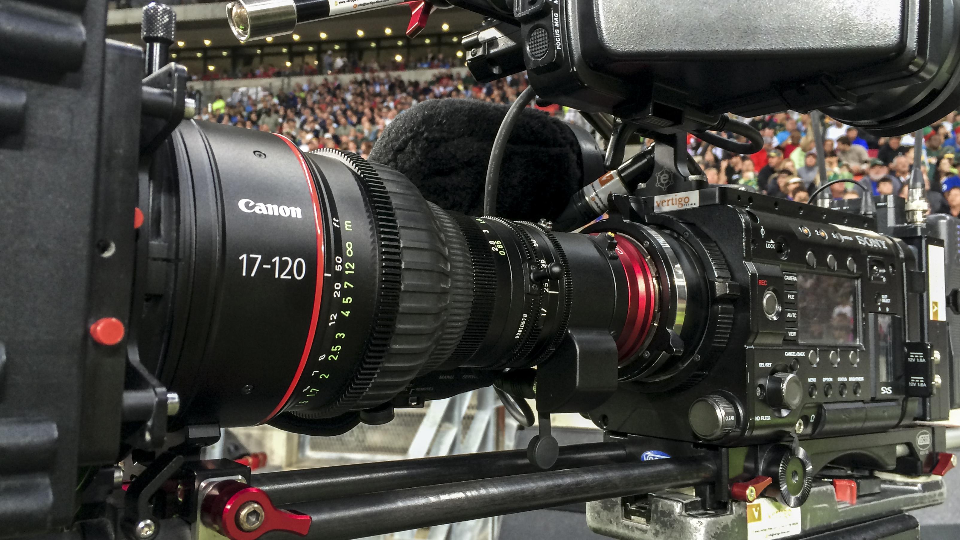 Tim Butt Cameraman Canon CN7x17 4k Cine Zoom 17-120mm